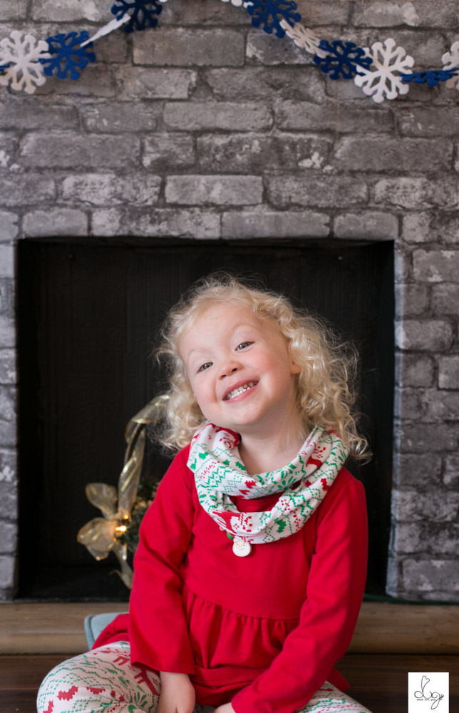 Qwynn Christmas Photo Shoot 2015 LO RES-9464.jpg