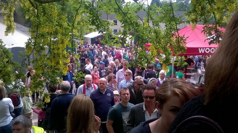Bustling backstreets of Bruton for Packhorse Fair