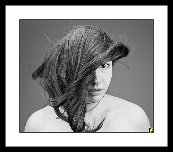 BEHIND TCHADOR CL BY HS 02.jpg