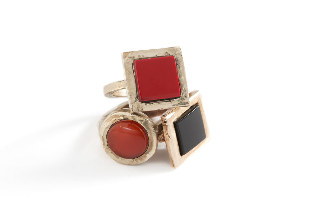 Ring SMALL COLOURS in silver,bronze.onyx and corneol .jpg
