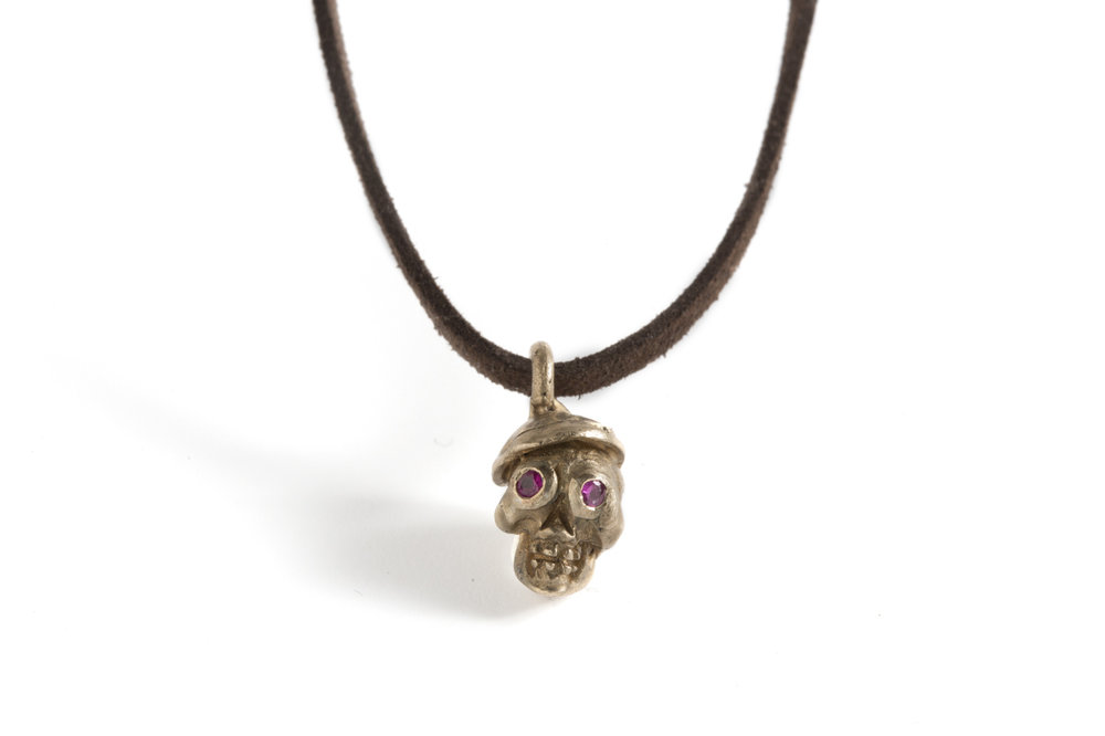 Pendant SKULL in bronze and rubies.jpg