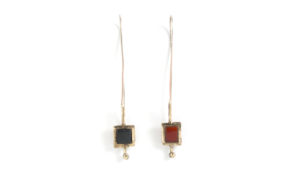 Earring SMALL COLOURS in bronze, silver,onyx and corneol.jpg
