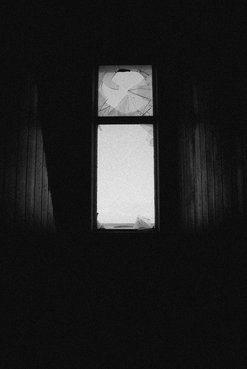 2.Forgotten-Windows.jpg