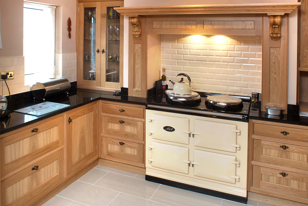 pmh_aga_bespoke-kitchen.jpg