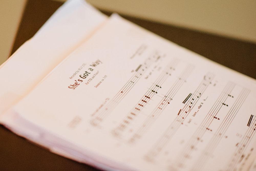 Sarah und Severin Hochzeit-06 Weingut-0106.jpg