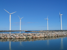 Wind turbines, Picture: Wikipedia/Dirk Goldhahn