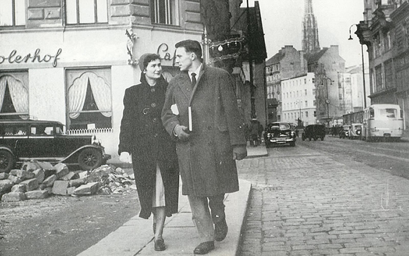 In 1950 Alberta and Clarence Giese were among the first U.S. students to study in Austria after World War II. They founded the Institute of European Studies in Vienna, the forerunner of IES Abroad, a highly esteemed student exchange program.
