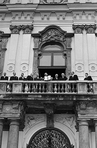 Signing of the Austrian State Treaty. Vienna, Austria, 1955 ©Erich Lessing