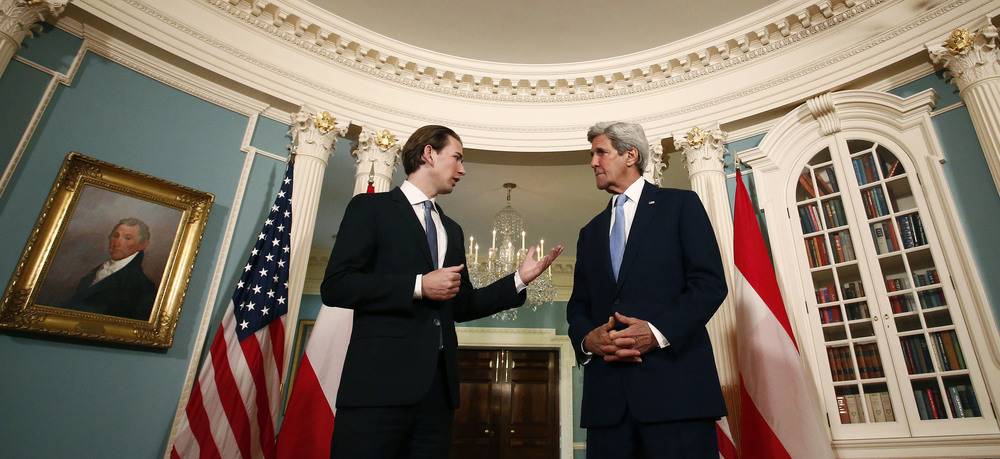FM Kurz and Secretary Kerry before their meeting. Photo: Dragan Tatic