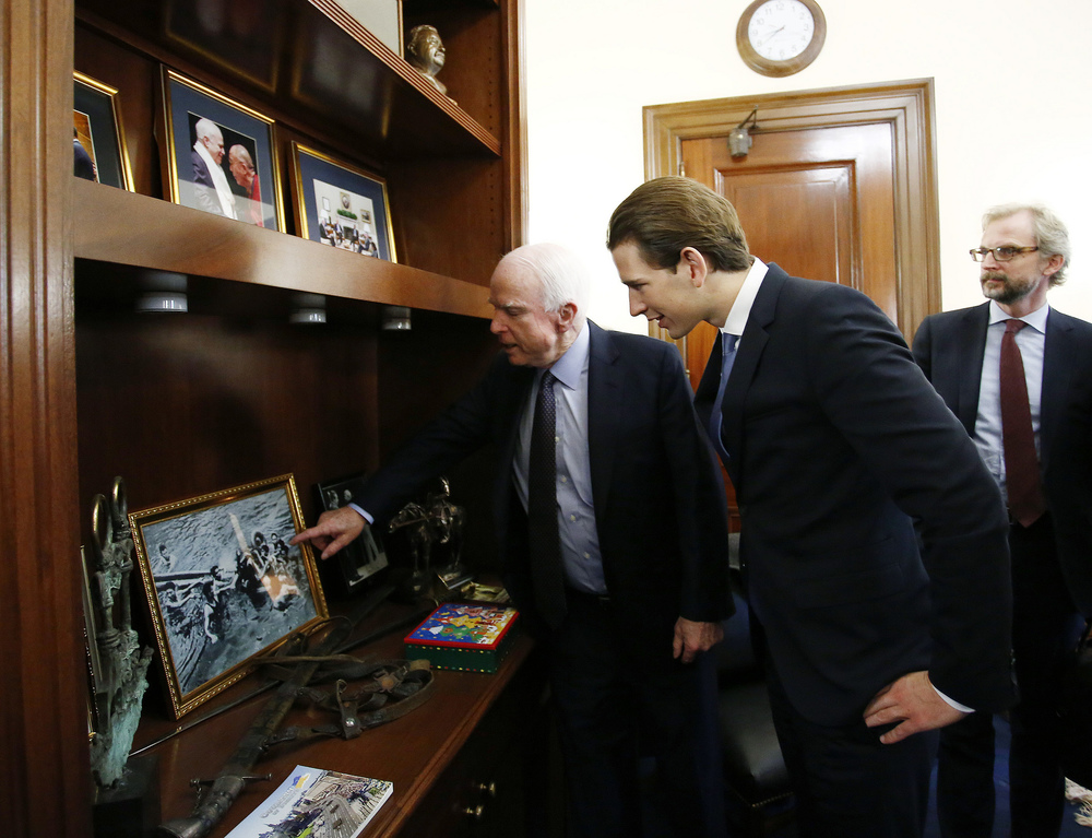FM Kurz & Senator Mc Cain. Photo: Dragan Tatic