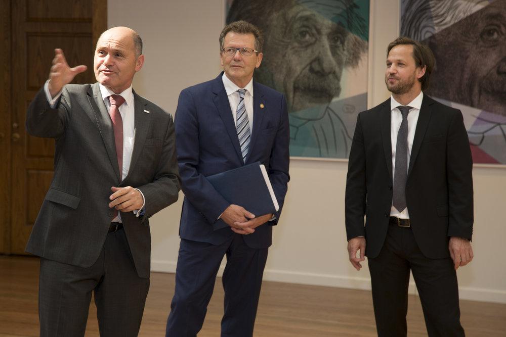 From left: Federal Minister Wolfgang Sobotka, Ambassador Wolfgang Waldner, Christoph Palaschke.  Photo: BMI/ Jürgen Makowecz