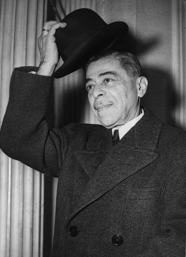 Ludwig Kleinwaechter, Austria's Minister to the U.S., en route to the White House to present his credentials to President Harry S. Truman, December 4, 1946. (c) ÖNB