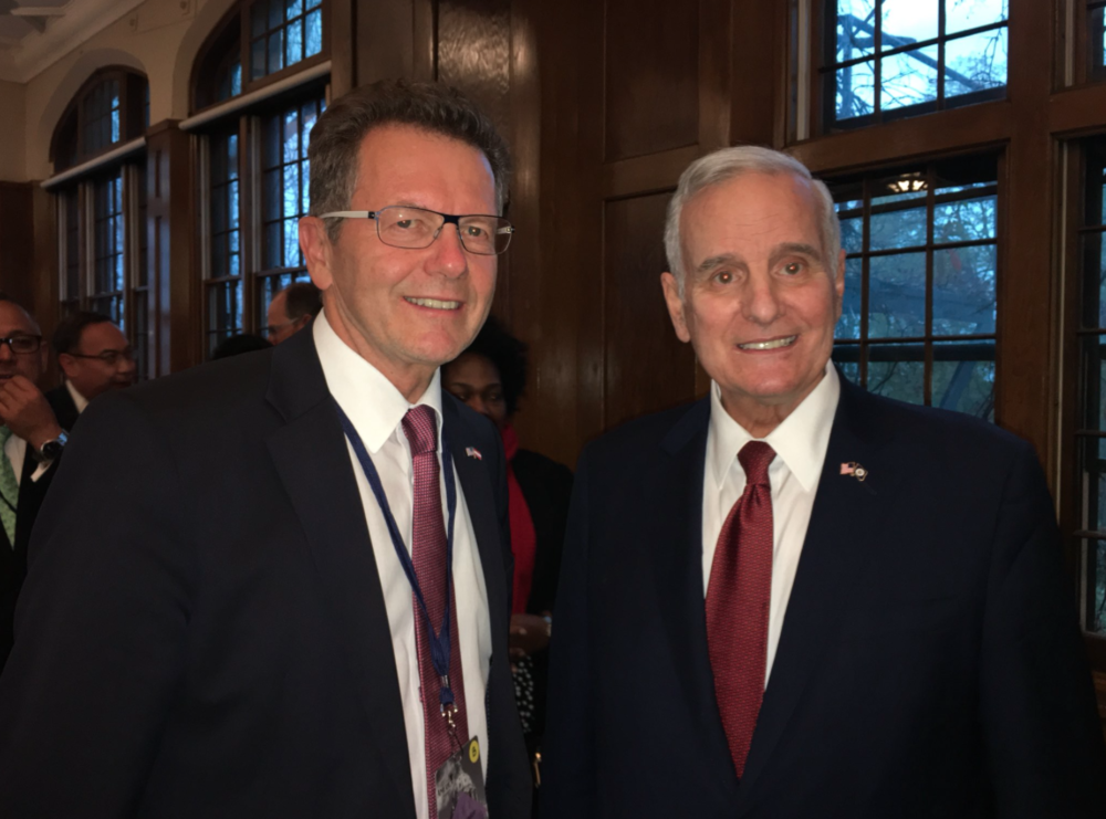 Ambassador Wolfgang Waldner with Mark Dayton, Governor of Minnesota