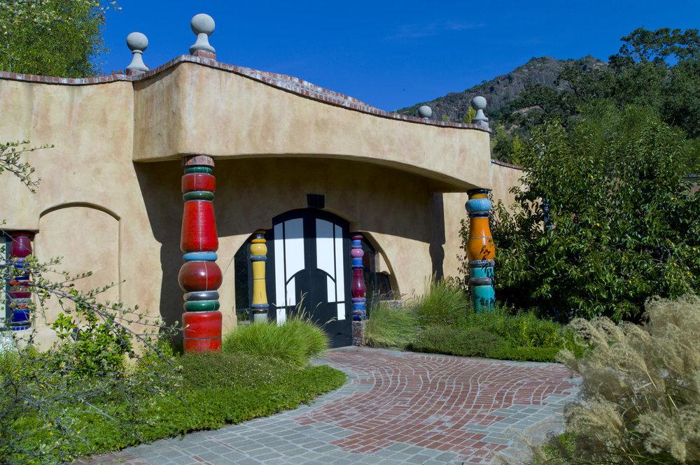 Friedensreich Hundertwasser  Quixote Winery Napa, California, 1996  Photo: Wikimedia/ Mike Chung