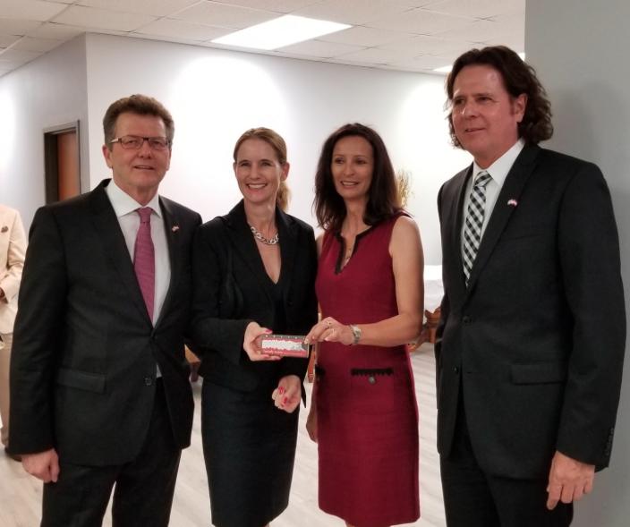 from left to right: Ambassador Wolfgang Waldner, Gudrun Faudon-Waldner, Ines Zeller, Honorary Consul Christian Zeller