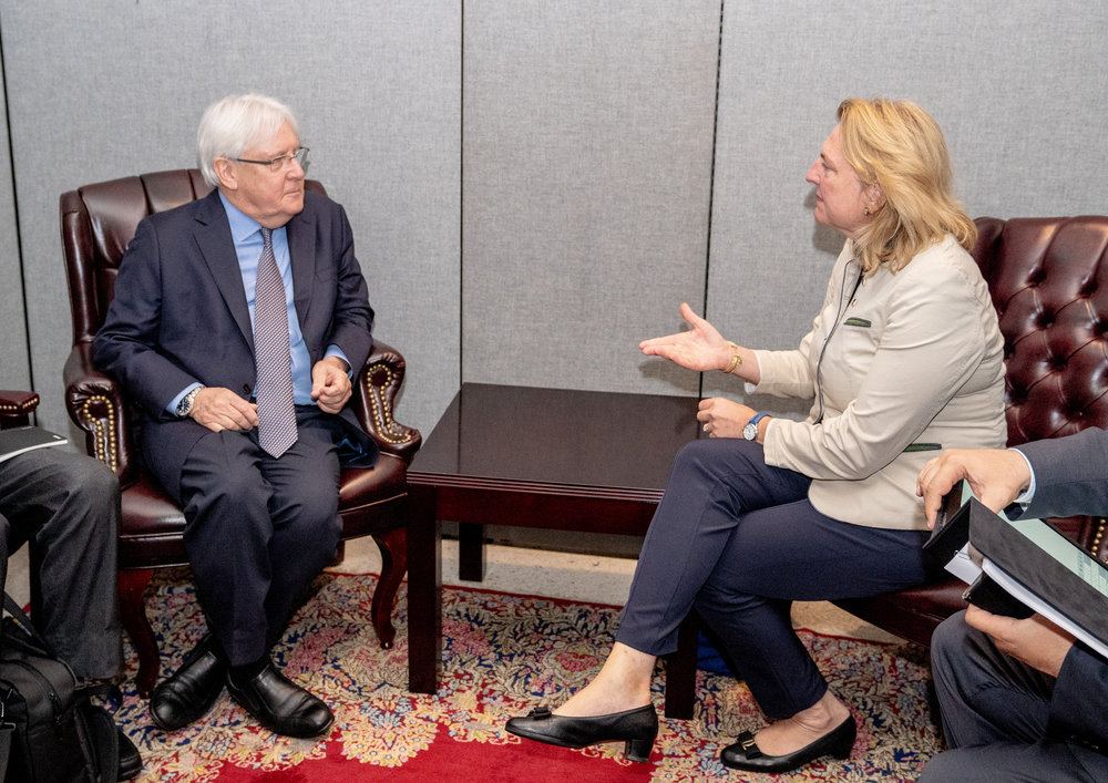 Foreign Minister Karin Kneissl meeting with UN Special Envoy for Yemen, Martin Griffiths (c) Austrian Ministry of Foreign Affairs