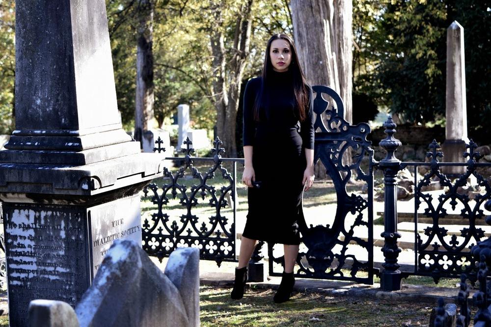 Mel in Chanel, Chanel, Zara, Kim Kardashian, Audrey Hepburn, Rick Owens, midi, midi skirt, Givenchy, all black, black, neutral, Halloween, cemetery