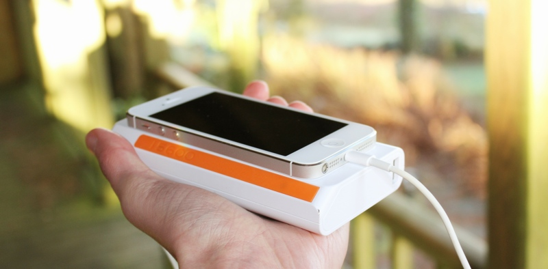 Xtorm Power Bank 15,600 Charging iPhone 5:5s.jpg