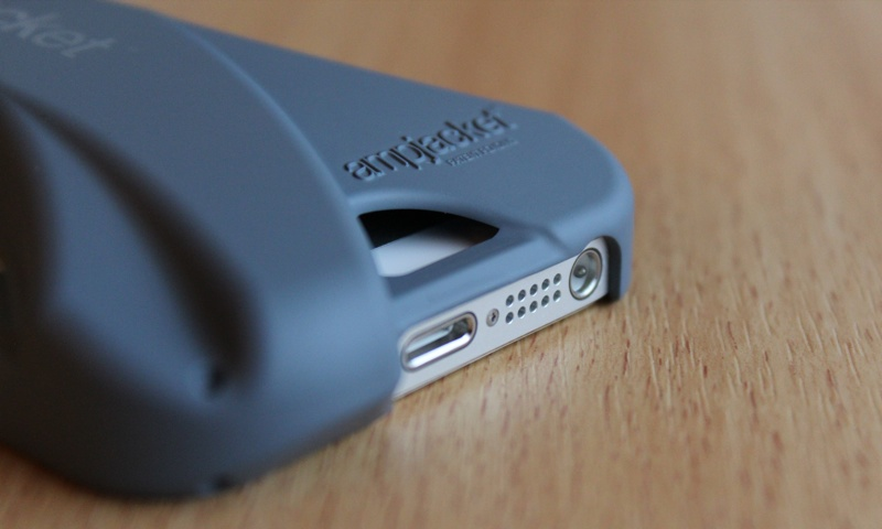 Kubxlab Ampjacket Case for iPhone 5 Speak Cutout.jpg