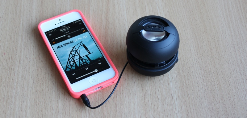 X-mini KAI Capsule Speaker Audio Jack iPhone 5.jpg