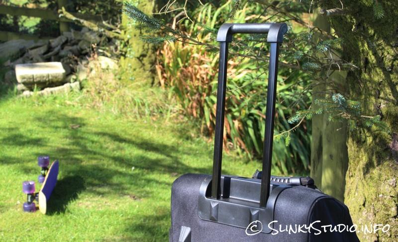 Snugpak Subdivide Bag Retractable Handle.jpg