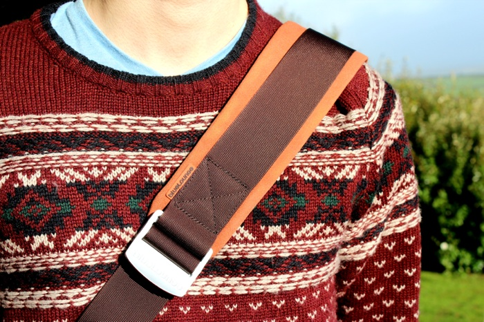 Bluelounge Messenger Bag Strap.jpg