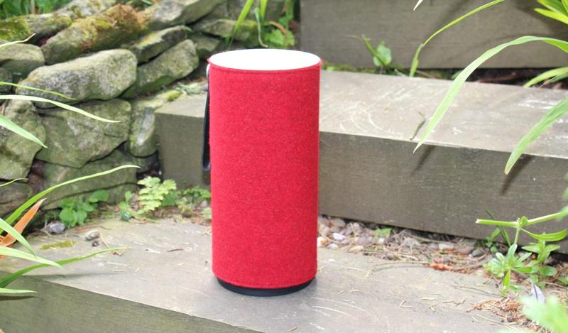 Libratone Zipp Speaker.jpg