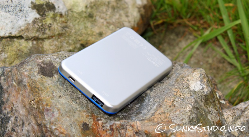 Xtorm Power Bank Elite 5000 Rear View.jpg