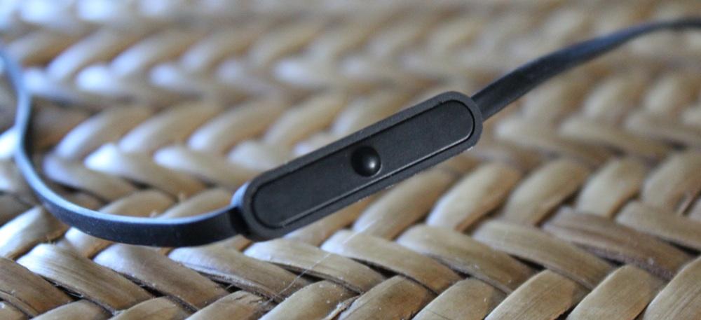 Bell'O Digital BDH653 Earphones Remote 1.jpg