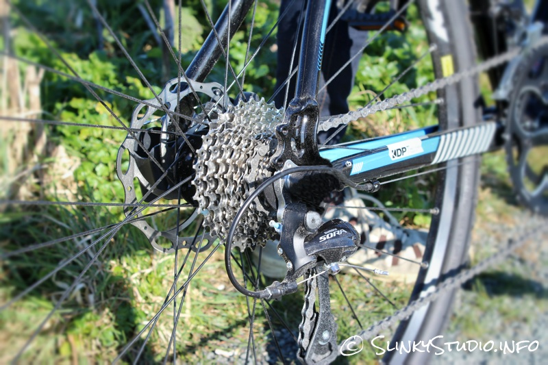 Boardman CX Comp Bike Gears.jpg