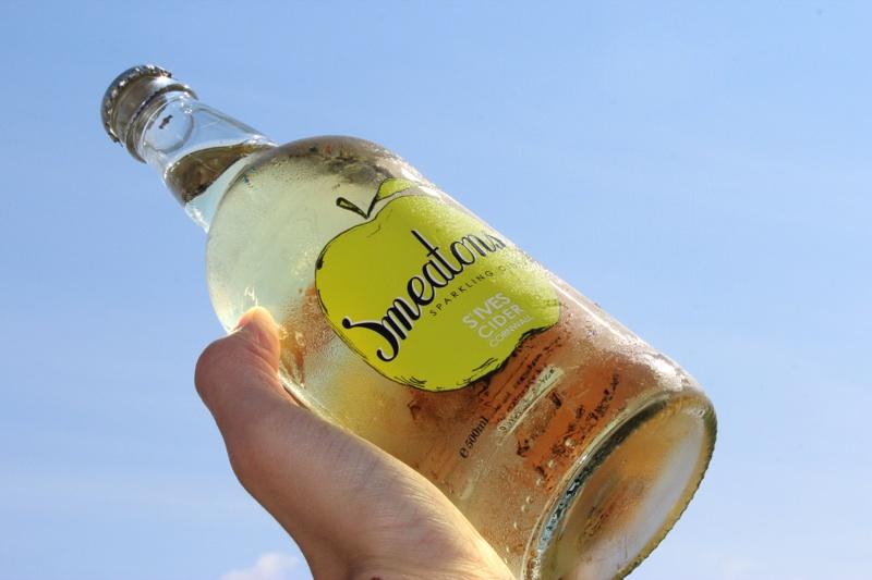 St. Ives Cider - Smeatons Sparkling Cider Bottle.jpg