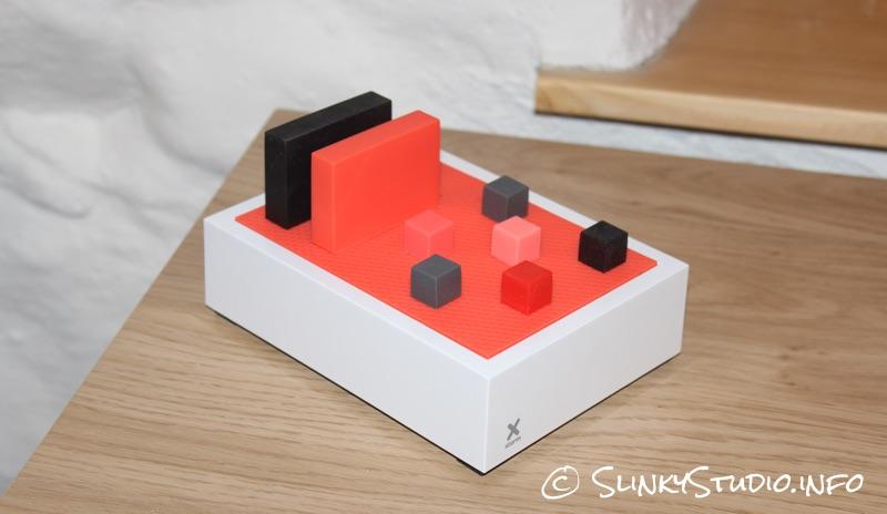 Xtorm Pixl Power Hub Changing Colour Scheme 2.jpg