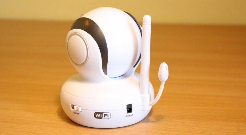 motorola blink1 wi fi video baby monitor camera review slinky studio. Black Bedroom Furniture Sets. Home Design Ideas
