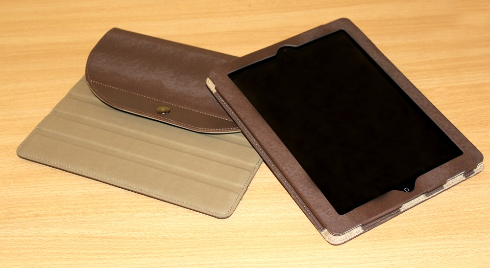 A-Solar Xtorm Power Tablet Sleeve Case for iPad 2:3:4 Seperate.jpg