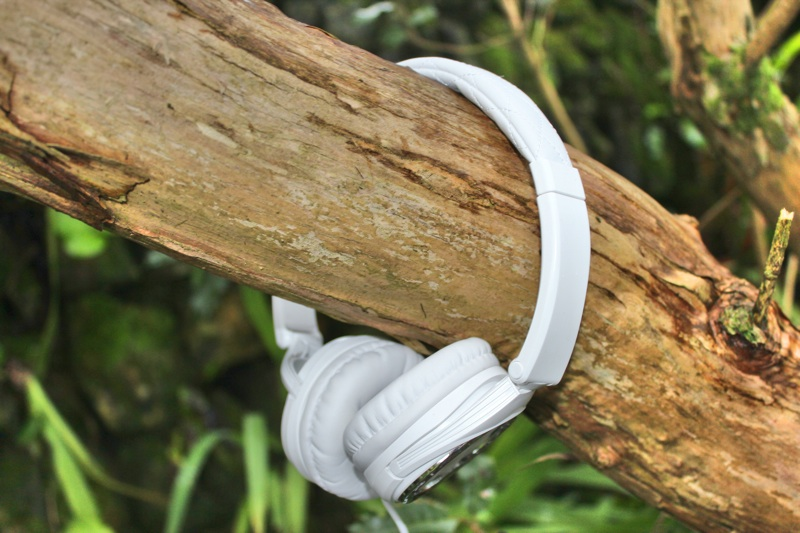 BigR Audio Madison Avenue Headphones On Tree.jpg