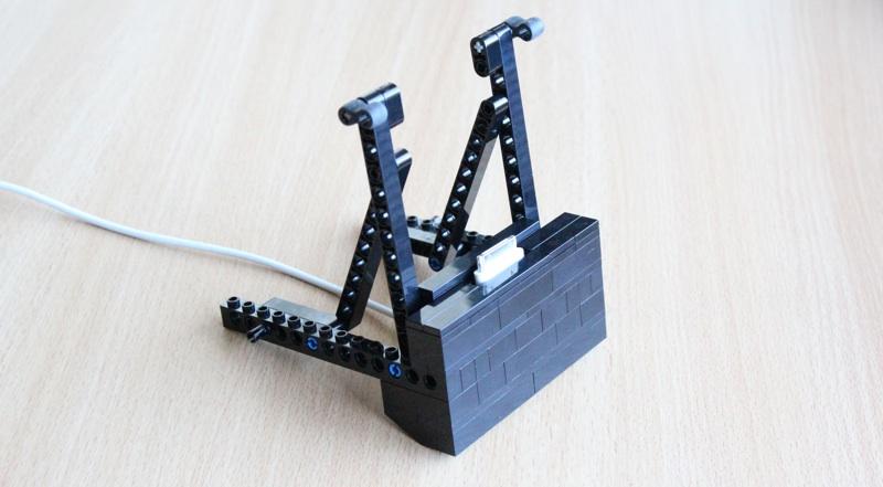 Daily Brick Lego iPad Dock Kit Review - Slinky Studio