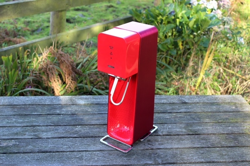 SodaStream Source Outdoors Front View.jpg