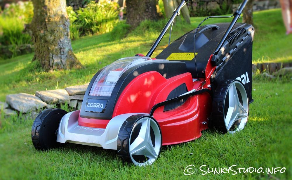 Cobra MX46S40V Cordless Lawnmower