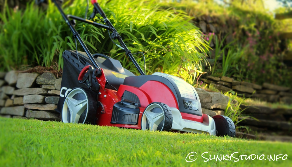 Cobra MX46S40V Cordless Lawnmower Side View
