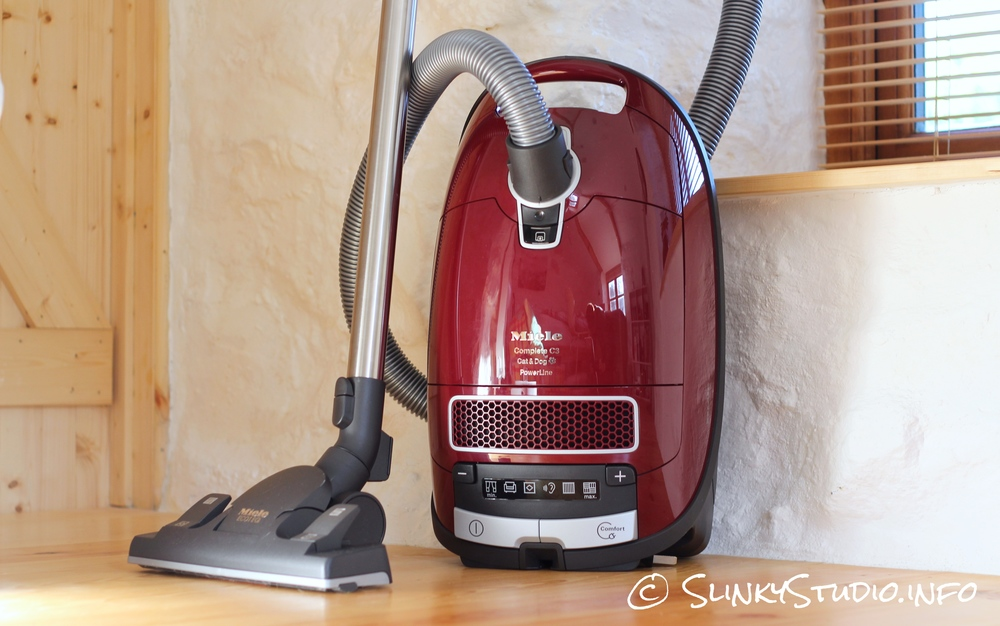 Miele complete c3 cat dog powerline review slinky studio for Miele cat dog