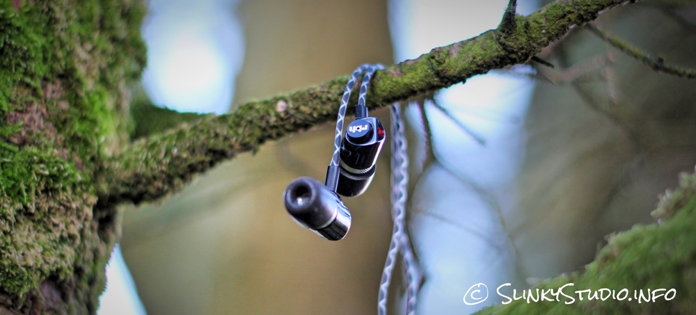 RBH EP3 Earphones Dangling Winter