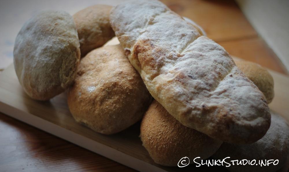 AEG UltraMix Stand Mixer Bread Rolls & Baguettes.jpg
