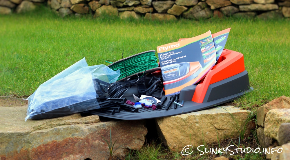 Flymo Robotic 1200R Lawnmower What's in the Box.jpg
