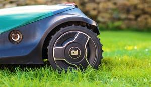 Robomow RC304 Robot Lawnmower Wheel.jpg