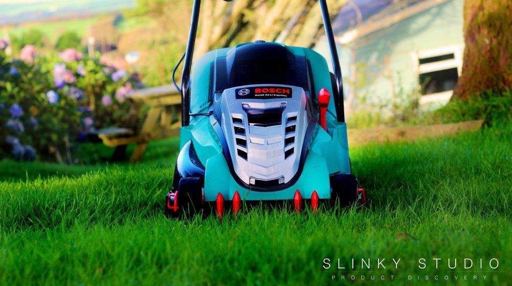 Bosch Rotak 43 LI Ergoflex Cordless Lawnmower Front View.jpg