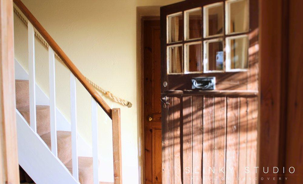 Farow & Ball Farrow's Cream (No.67) Estate Emulsion Hallway Door Open.jpg