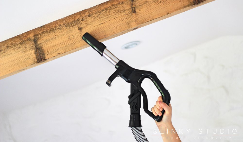 Hotpoint Ultimate Collection Cordless Cleaner Hose Wand Cleaning Ceiling.jpg