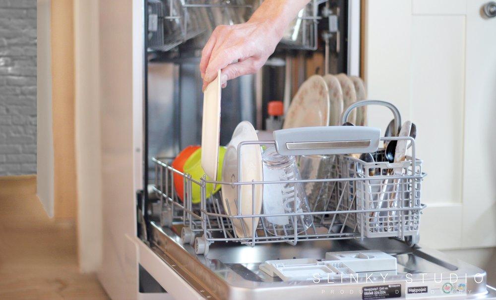 Hotpoint Ultima Slimline Dishwasher Loading Plate.jpg