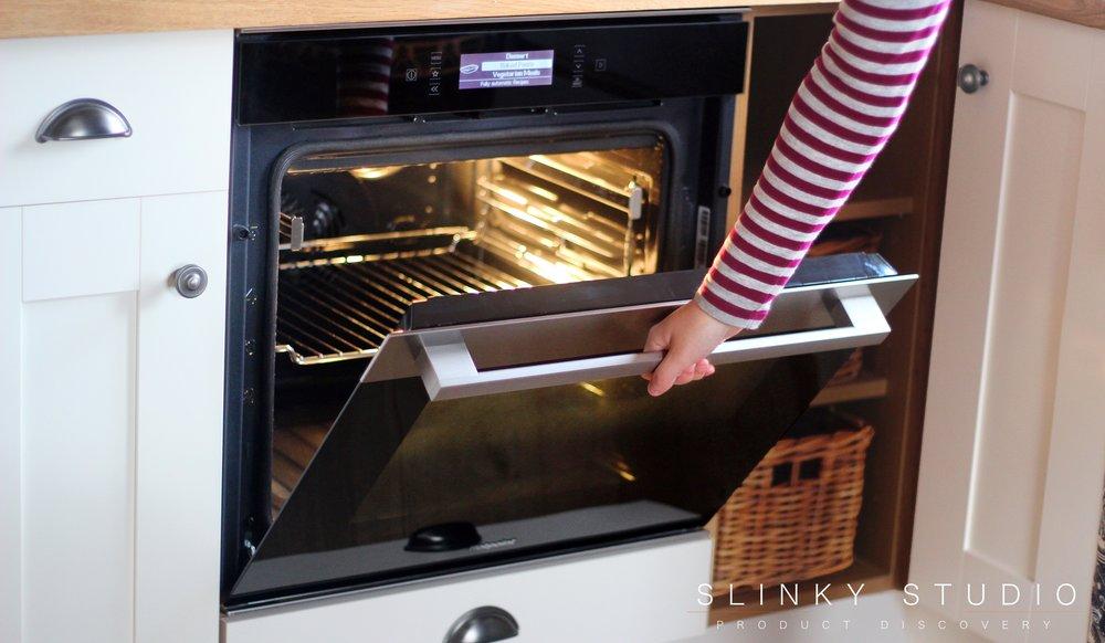 Hotpoint Class 9 SI9 891 SP IX Oven Opening Door.jpg