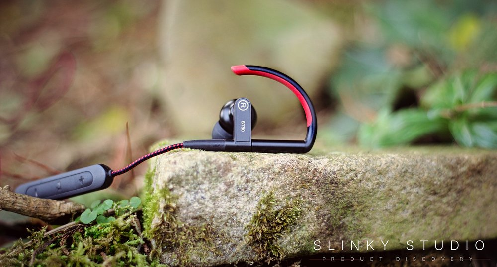 SoundMAGIC ST80 Earphones Ear Hook.jpg